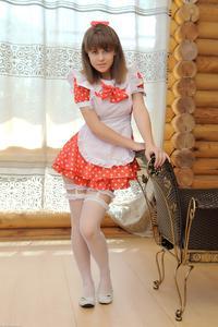 http://img261.imagevenue.com/loc217/th_104973264_tduid300163_Silver_Sandrinya_maid_1_032_122_217lo.JPG