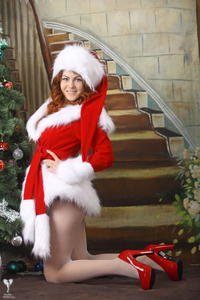http://img261.imagevenue.com/loc250/th_531462898_silver_angels_Sandrinya_I_Christmas_1_075_123_250lo.jpg