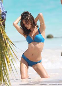Alessandra Ambrosio Bikini Victorias Secret Photoshoot