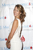 Colbie Caillat @ 35th Annual TJ Martell Foundation Cancer & AIDS Research Awards Gala in NYC | October 27 | 5 leggy pics