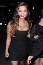 Demi Lovato Perez Hilton on Joven Hollywood  Demi Lovato   Fiesta De Perez Hilton Pre Vma S