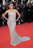 Канны (Annual Cannes International Film Festival ) - Страница 3 Th_89241_Eva_Longoria_Cannes2010_020_122_498lo
