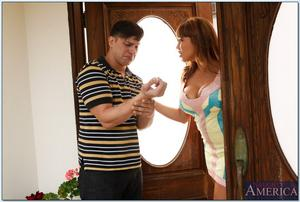 th 210918497 0319 123 519lo Descargar MILF Veterana Ava Devine (My Friends Hot Mom) (Naughtyamerica) (SD/HD) Gratis