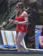http://img261.imagevenue.com/loc589/th_909408225_Hilary_Duff_in_Mexico18_122_589lo.jpg