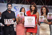Бипаша Басу, фото 32. Bipasha Basu 'Love Yourself' Fitness DVD Launch JW Mariott in Mumbai on February 4, 2010, foto 32